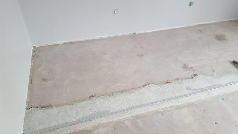 Preparation poncage fissures sol resine