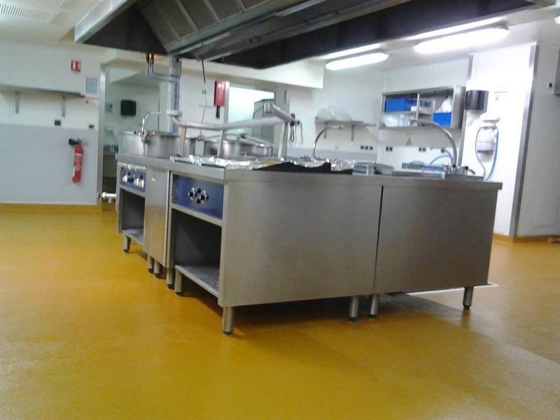 Sol resine epoxy cuisine collectivite norme alimentaire