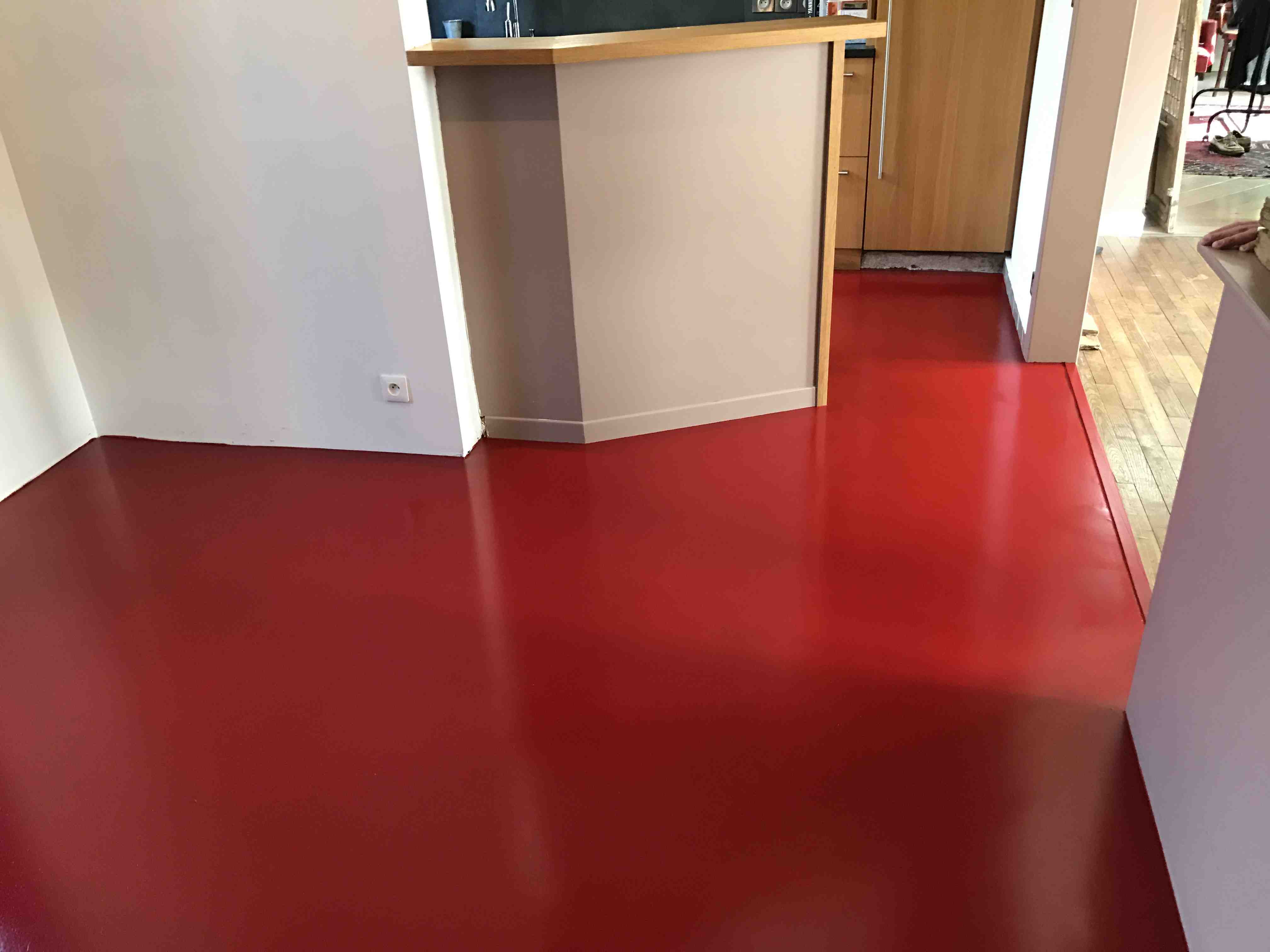 Sol polyurethane cuisine rouge